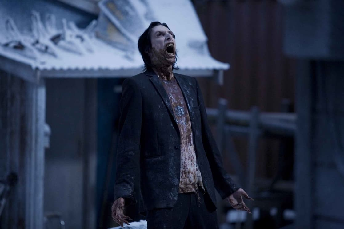 30 Days of Night (2007) screenshot