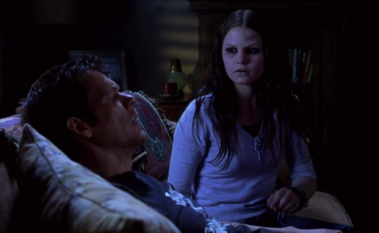 Stir of Echoes (1999) screenshot