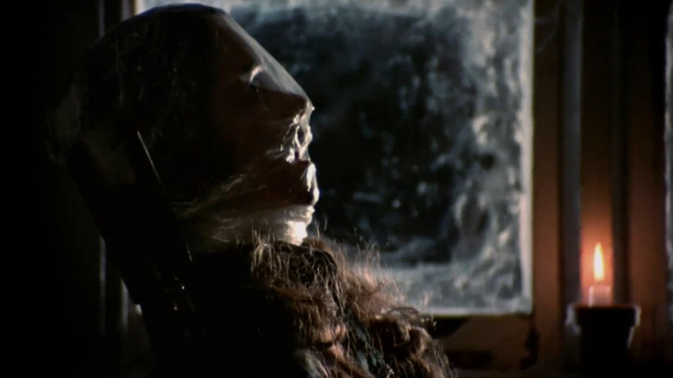Black Christmas (1974) screenshot