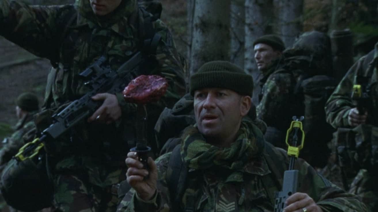 Dog Soldiers (2002) screenshot