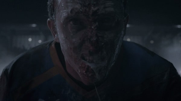 Goal of the Dead (2014) screenshot